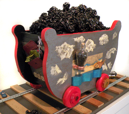 coal train sculpture